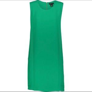 Adrienne Vittadini Green Shift Dress